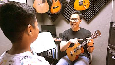 ukulele lesson singapore